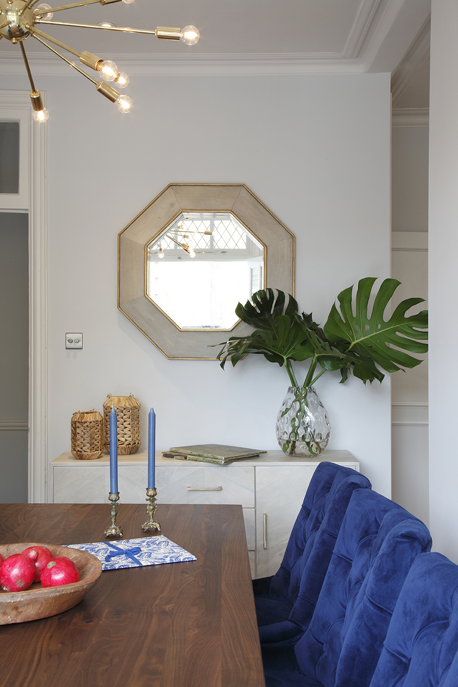 NW1 - Dining room - Displaying sideboard & octangular mirror.jpg