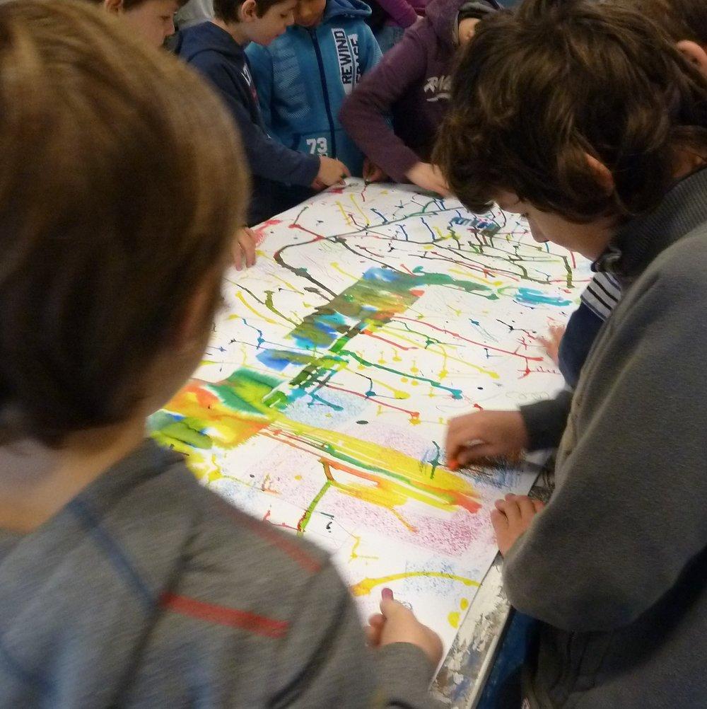Enfants et arts plastiques