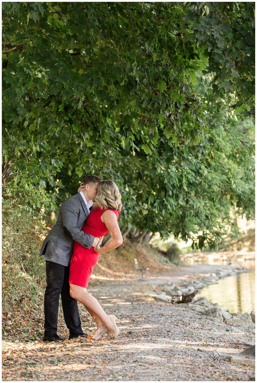Oglebay-Wheeling-WV-Engagement-Photography_1296.JPG