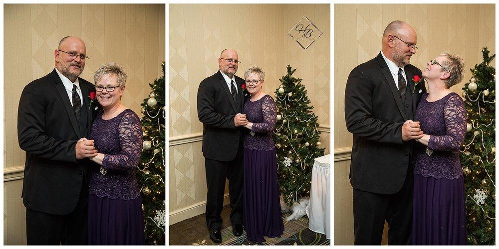 Christmas-Weirton-West-Virginia-Wedding-Photographs_1618.JPG