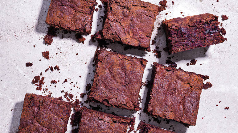 letterbox_772-ChocolateBeetrootBrownies_103870_Hfinal.jpg