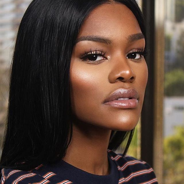 👸🏾Your imperfections makes you beautiful ❤️ We are in love with this simple and striking pose by the lovely #TeyanaTaylor Stay #inspired today. Keep your eyes on the goal 💪🏾 #Youth #Focus #youarebeautiful