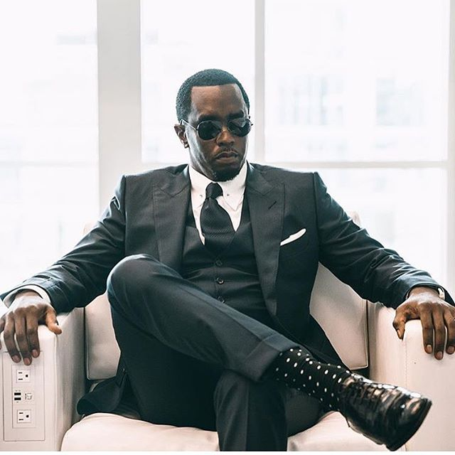 🏋🏿‍♀️Step into this new week and new #month feeling like #Diddy Have a #winners mindset. Don't settle for less. Live your life to the fullest. Support others and be the #positive #vibe you want to feel. #October is upon us #LetsGo 🇬🇧#Youth