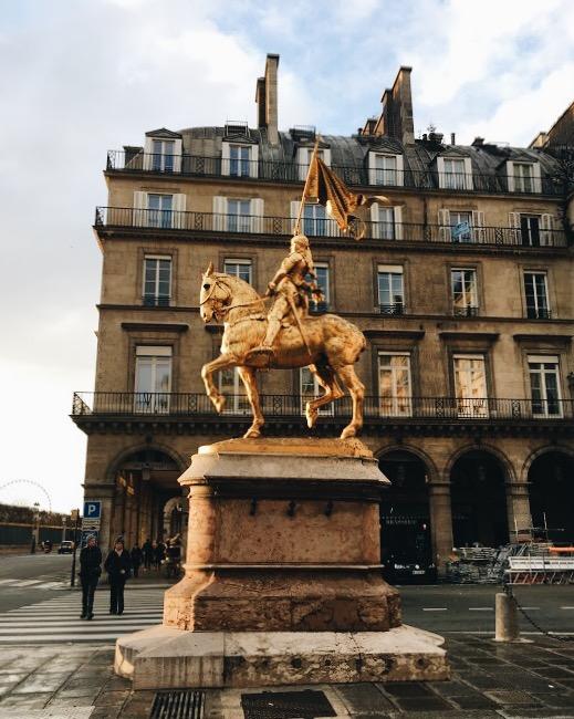 Joan of Arc statue in front of the Hotel Regina, Paris