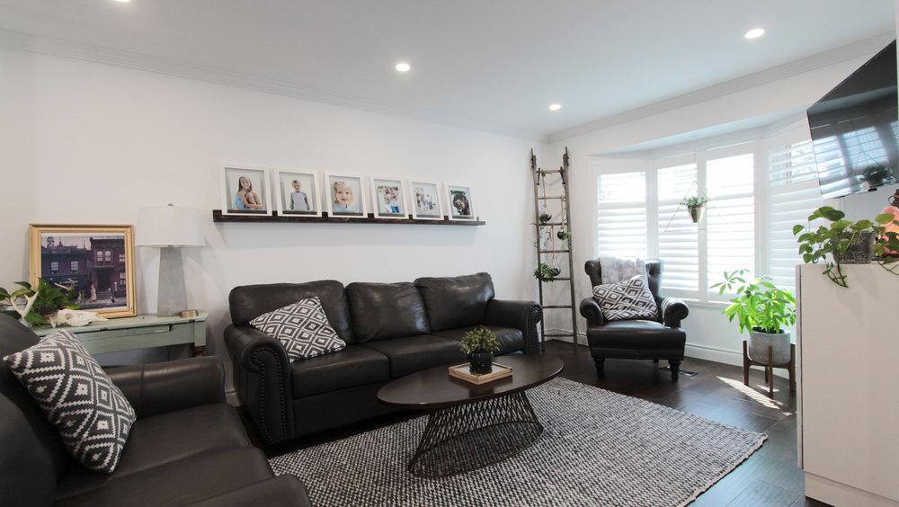 2 Living Room 2.jpg