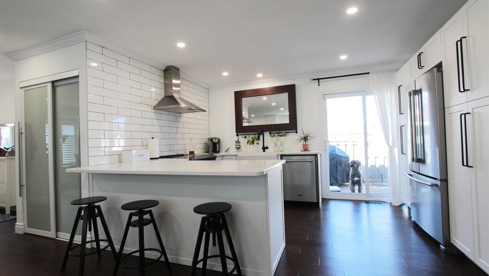 4 Kitchen1.jpg