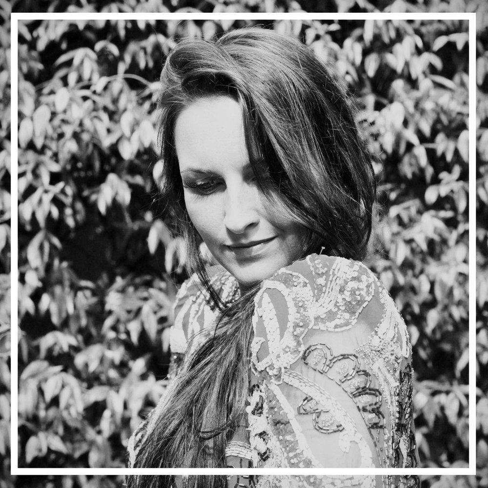 Laura Dockrill_instant.jpg