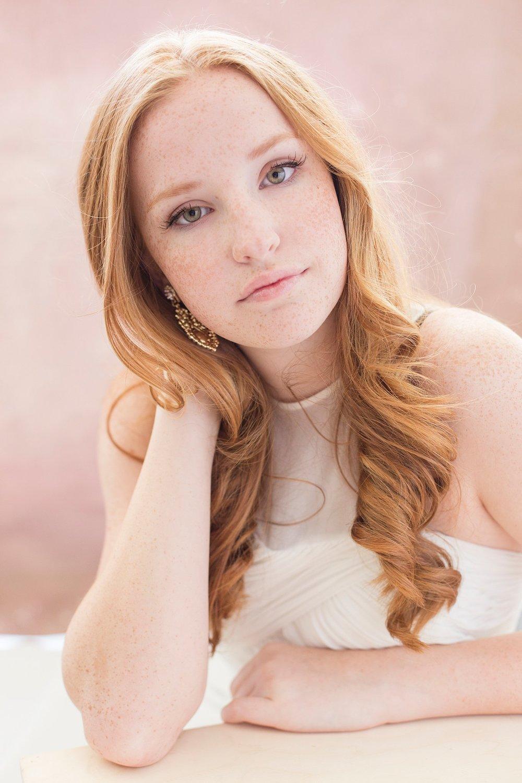 Amber Nicole Portrait_0229.jpg