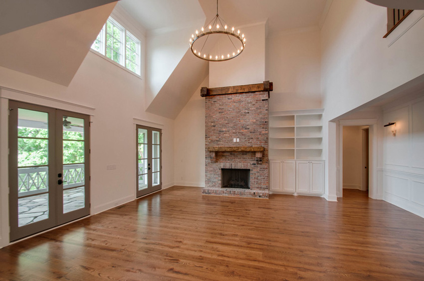 custom-home-nashville-tennessee-open-floor-plan-quality-construction-reclaimed-wood-high-ceilings-rustic-chic-interiors-chandelier-development02_1.jpg