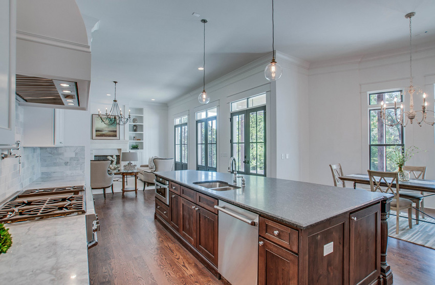 custom-built-kitchens-nashville-tennessee-high-end-development-chandelier-development-beautiful-kitchens-natural-light-thermador-appliances-reclaimed-wood-brick02.jpg