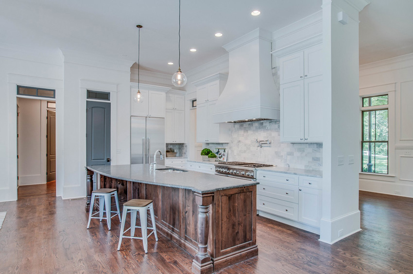 custom-built-kitchens-nashville-tennessee-high-end-development-chandelier-development-beautiful-kitchens-natural-light-thermador-appliances-reclaimed-wood-brick05.jpg