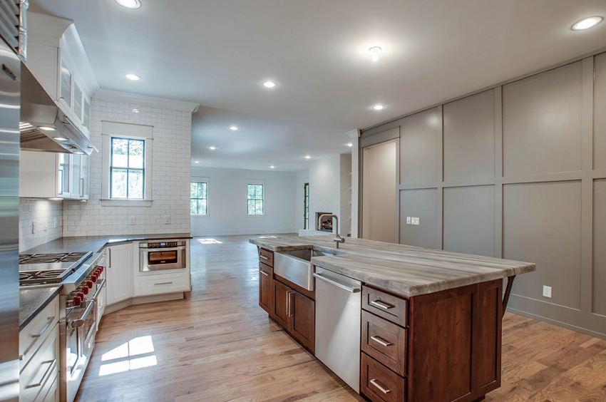custom-built-kitchens-nashville-tennessee-high-end-development-chandelier-development-beautiful-kitchens-natural-light-thermador-appliances-reclaimed-wood-brick26.jpg