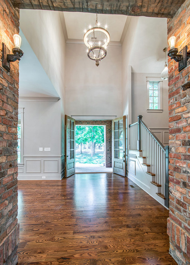 custom-built-home-nashville-tennessee-interior-details-quality-construction-high-end-development-middle-tennessee-chandelier-development-belle-meade-neighborhood-construction06.jpg