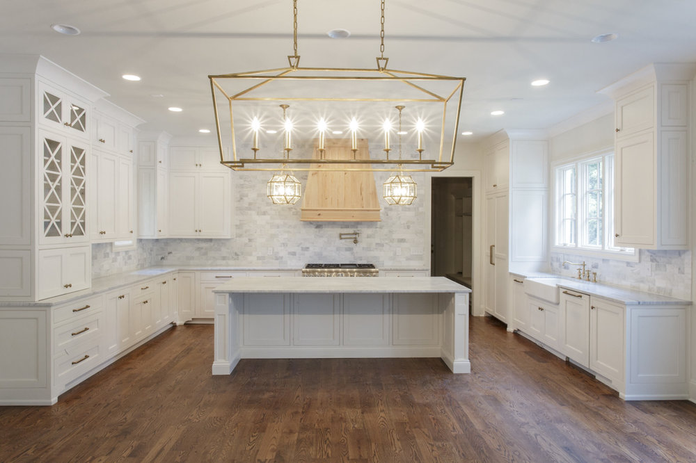 chandelier-development-custom-built-home-nashville-tennessee-belle-meade-architecture-hardwood-floors-open-living-natural-light-custom-details-tennessee-real-estate-5.jpg
