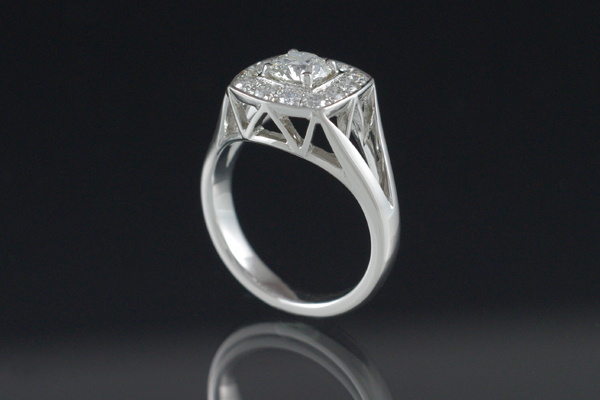 WEB-Engagement-Round Diamond-Platinum-Image 5531.jpg