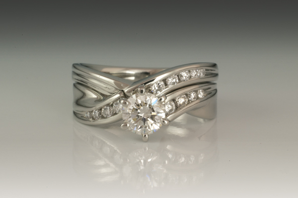 WEB-Wedding sets-19w diamonds-customers ring-2013-Image 8220.jpg