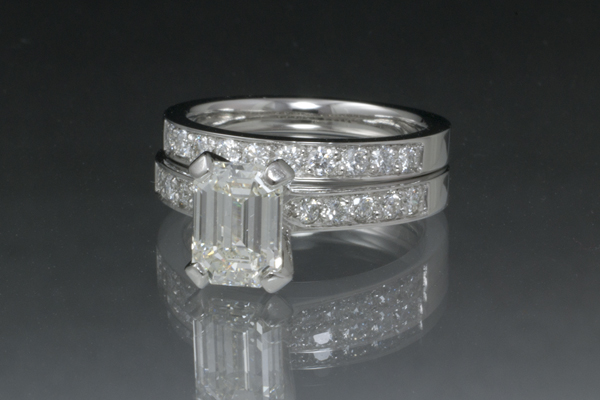 WEB-Weddings-Sets-Emerald Cut Diamond-Platinum-2012-Image-5564.jpg