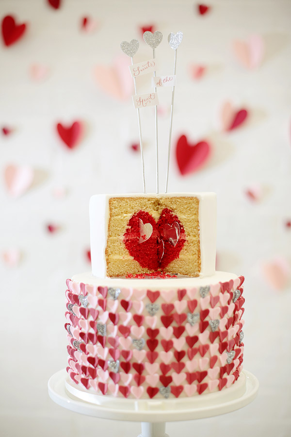 heart-wedding-cake.jpg