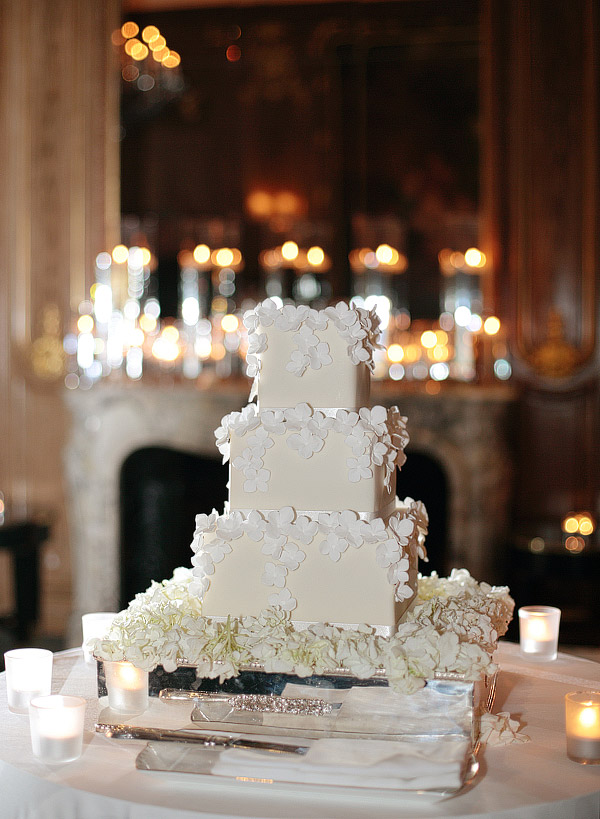 Peggy-Porschen-wedding-cake.jpg