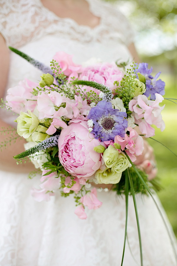 peony-wedding-bouquet.jpg