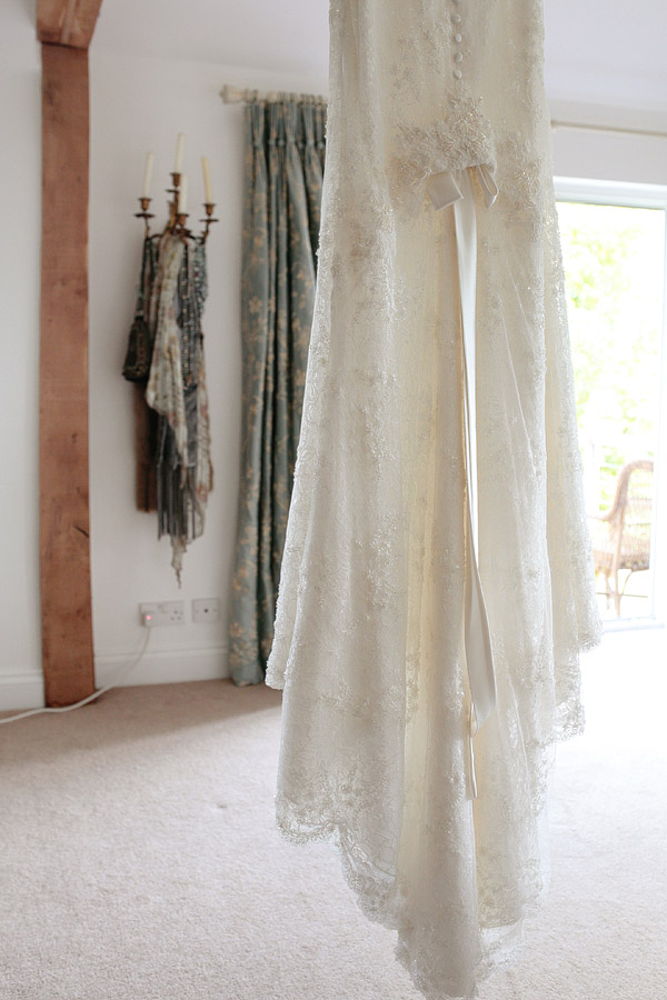 Annasul-Y-wedding-dresses.jpg