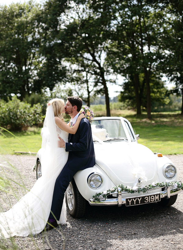 white-beatle-wedding-car.jpg