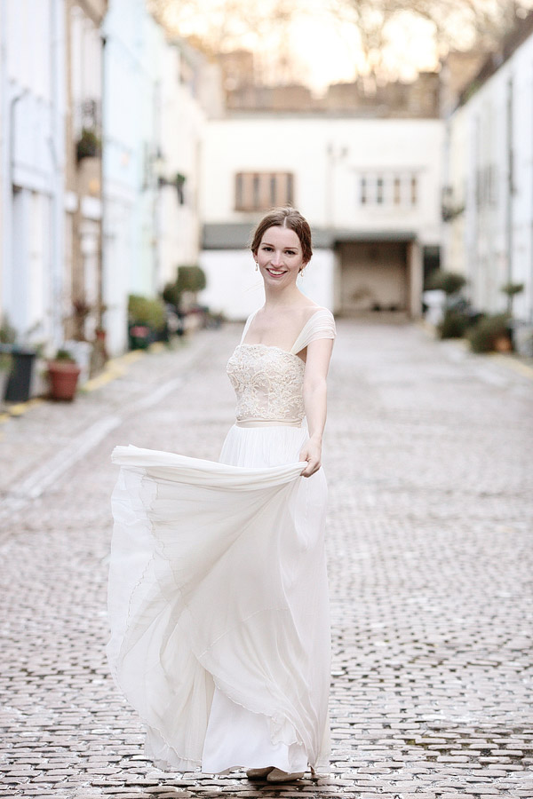 Lisa-Redman-wedding-dress.jpg
