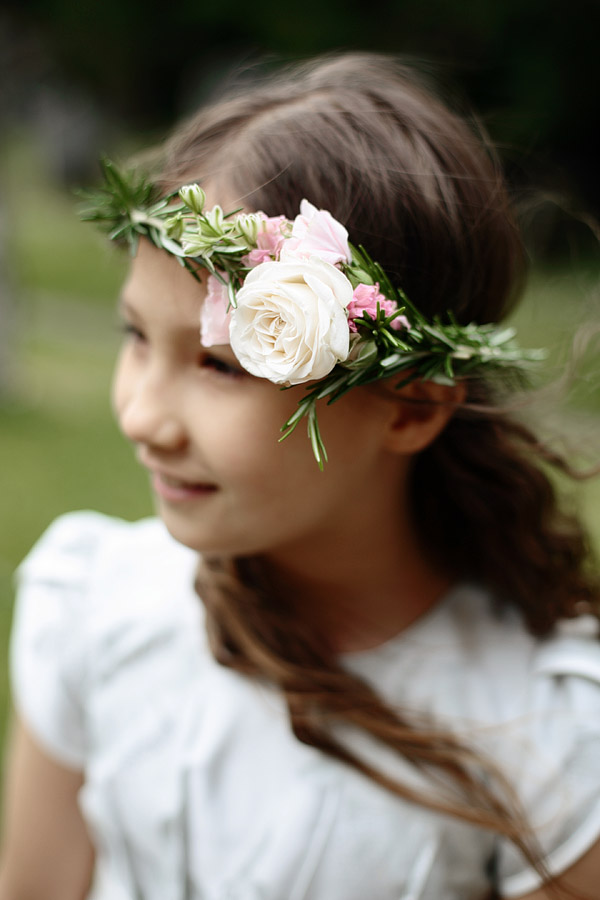floral-headpiece-for-a-flower-girl.jpg