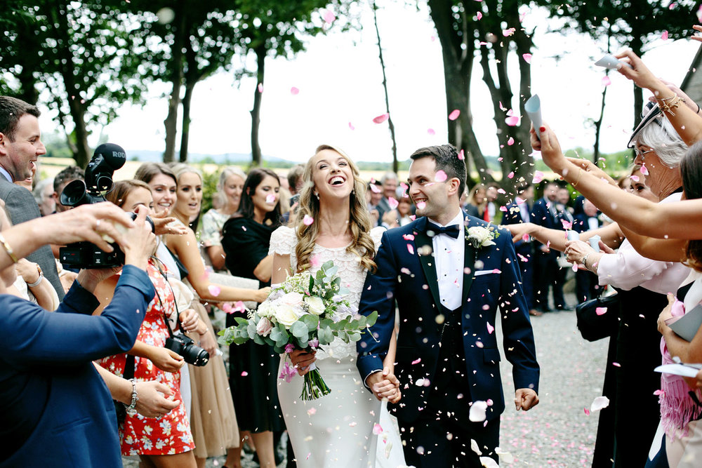 tinakilly house wedding confetti photo