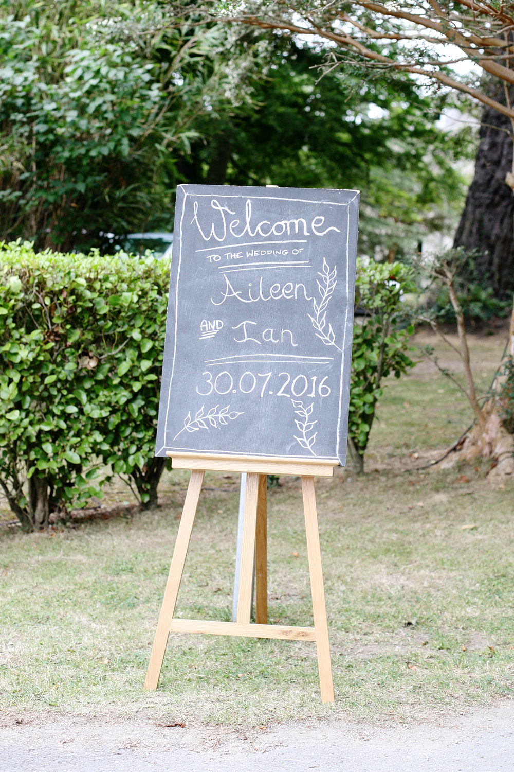 tinakilly house welcome wedding sign photo