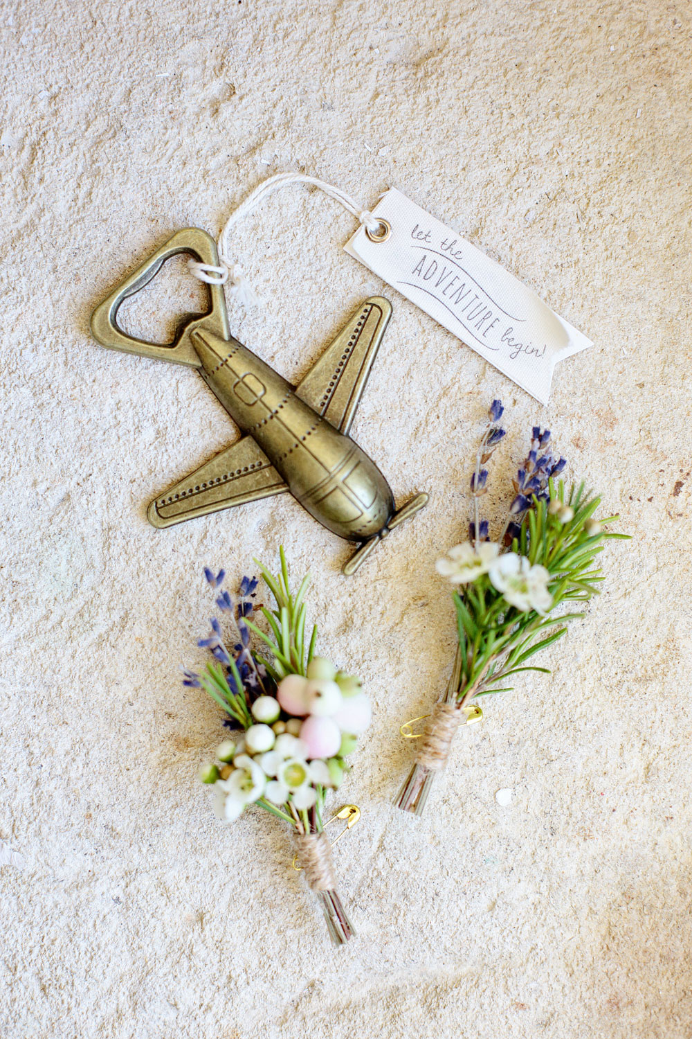 groom boutonniers chateau lagorce bordeaux