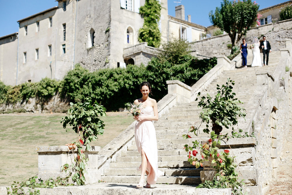 outdoor wedding ceremony chateau lagorce bordeaux