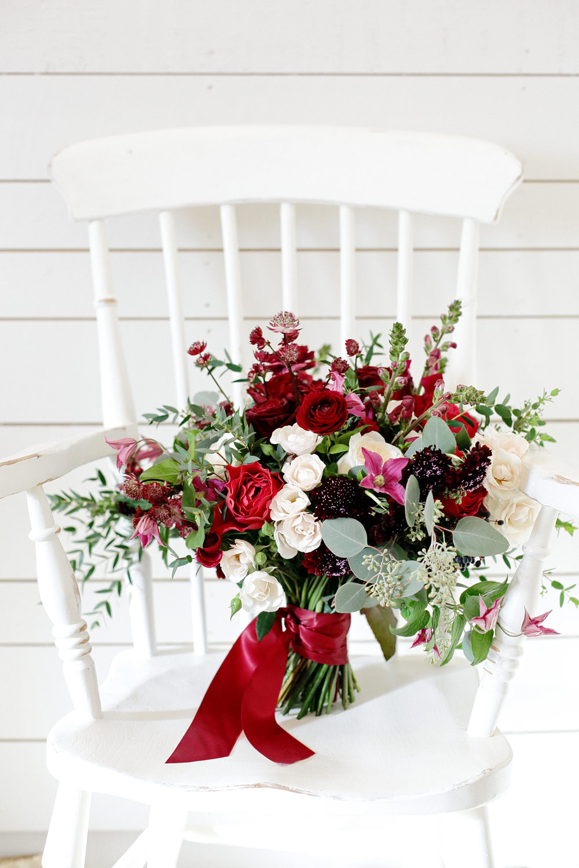 bridal bouquet Barnsley House wedding photo