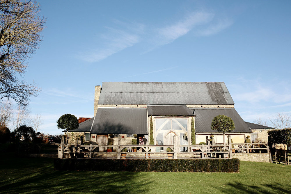 Cotswolds wedding venue Cripps barn photo