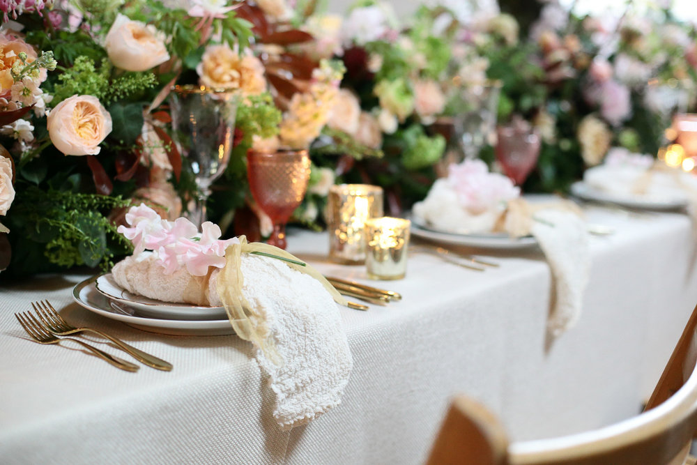 luxurious wedding table linen