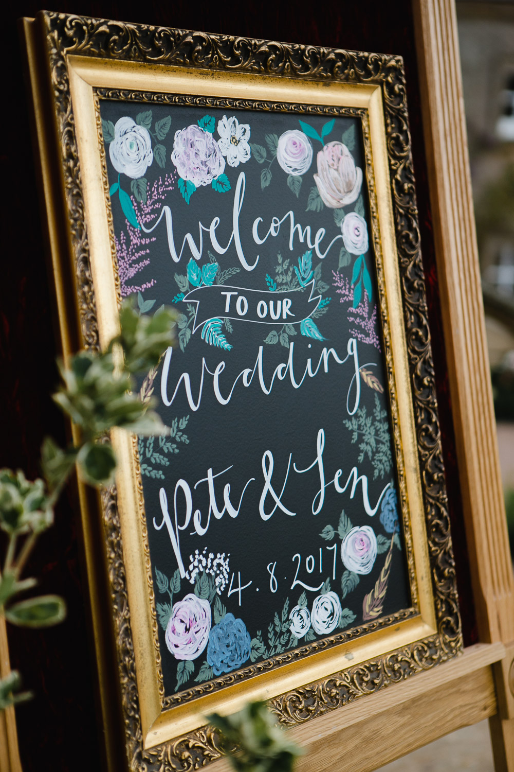 welcome wedding sign at dumfries house