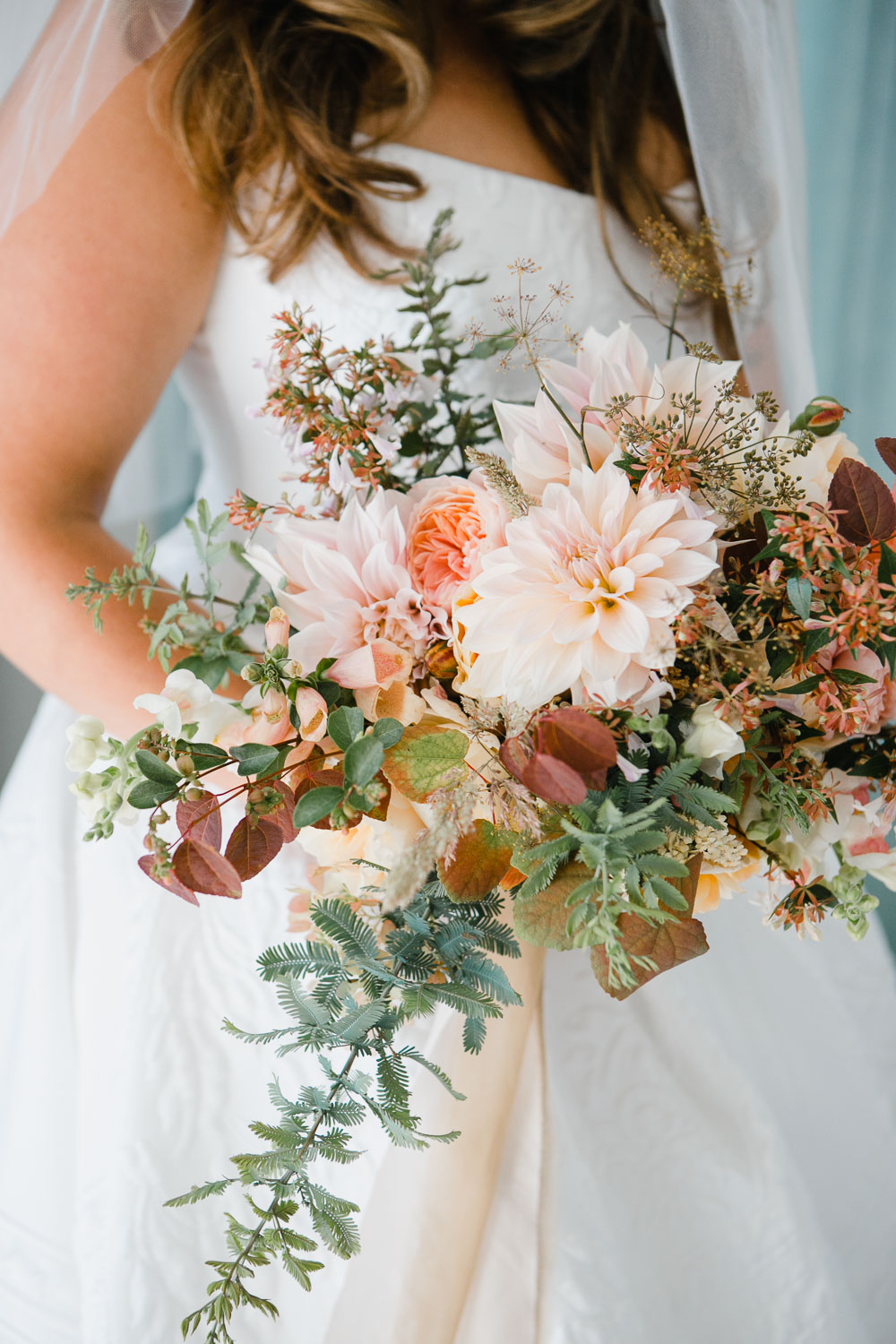 loose style pastel bridal bouquet