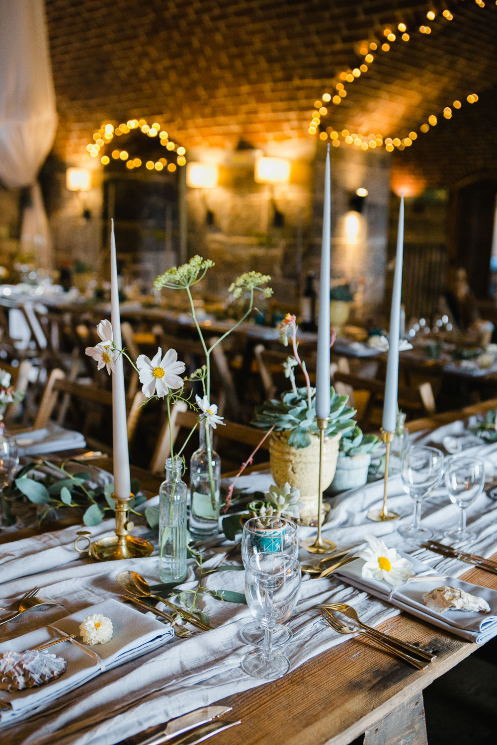 wedding table design by Garden Gate Flower Company