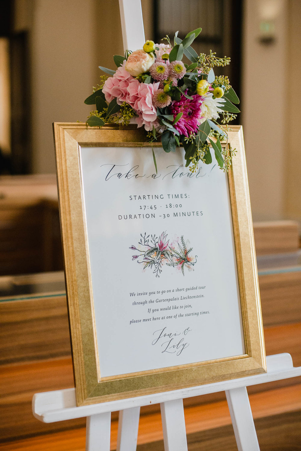 Wedding Welcome Sign In Gold Frame Photo