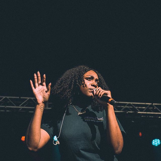 @nonamehiding performing @loufest