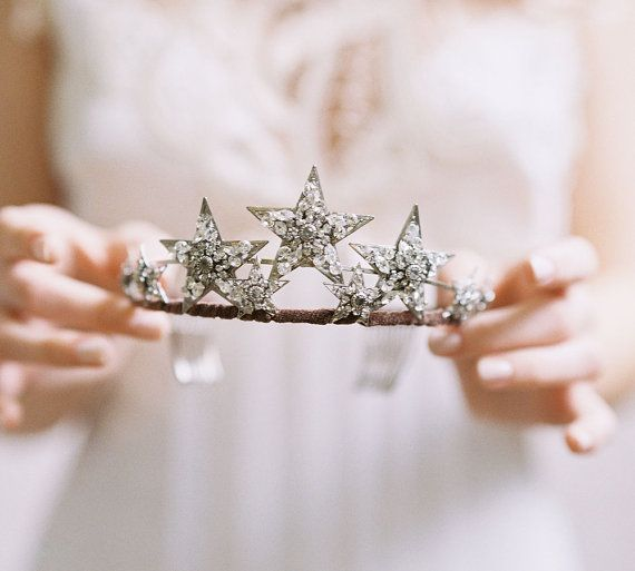 https-//www.etsy.com/ca/listing/182240876/wedding-hair-accessory-star-tiara