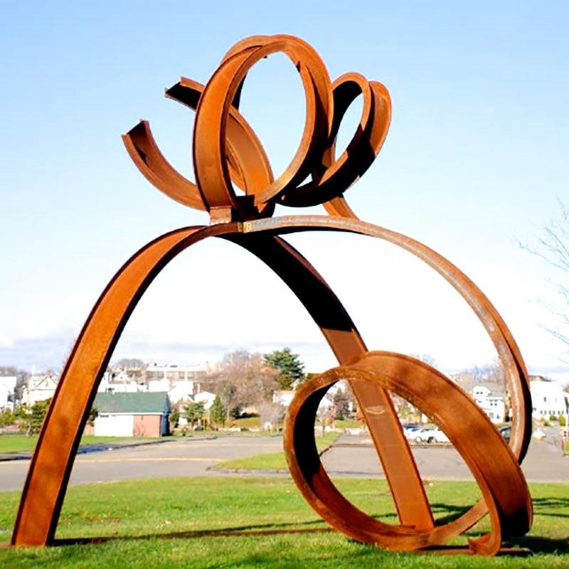 "Artist Carole Eisner's sculpture ""Skipper"" in Prospect Park. Image via New York City Art in the Parks"