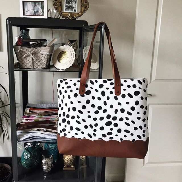 Fresh off the sewing machine. No styled picture, just a real behind the scenes post of this new spotted tote. What should we call her? #owlmadelovely