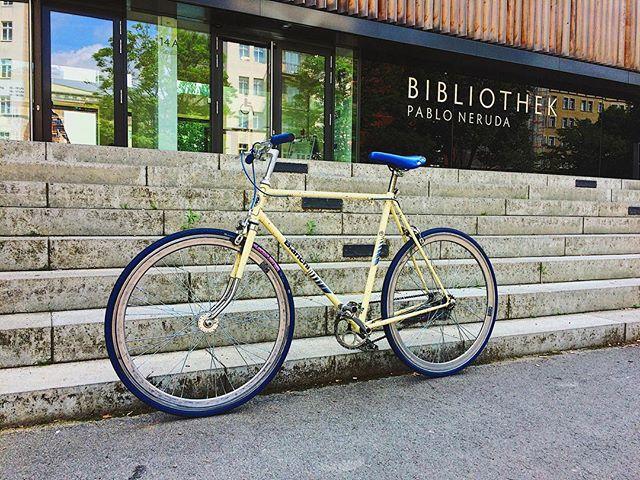 Ride bikes, read books. __________ #steelisreal #bike #bianchi #singlespeed