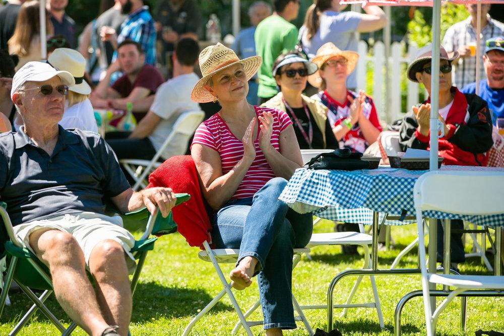 Rose Garden Spectators (2).jpg