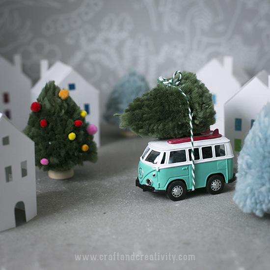 pompomchristmastrees7.jpg