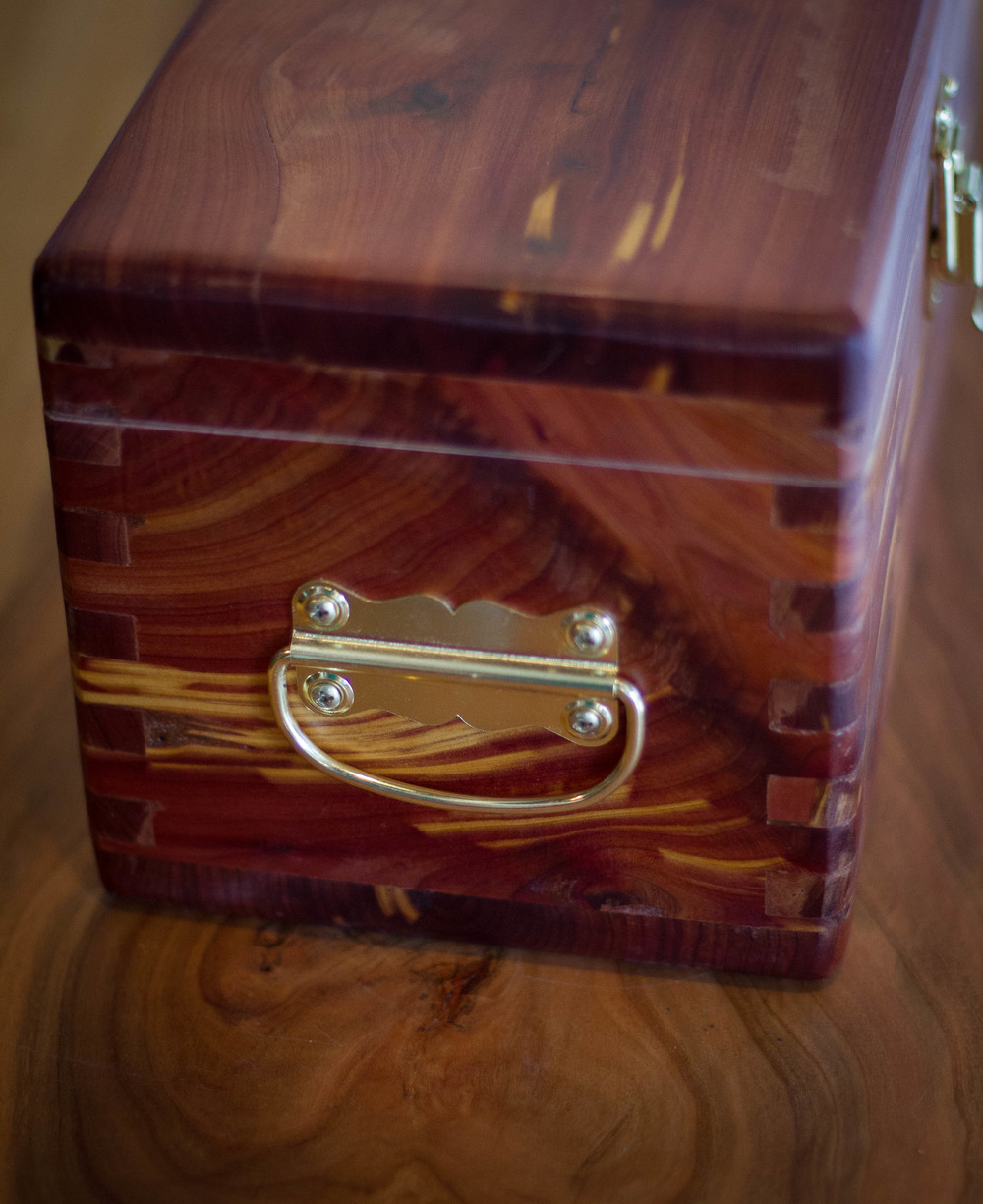 Cedar Box - side, detail.jpg
