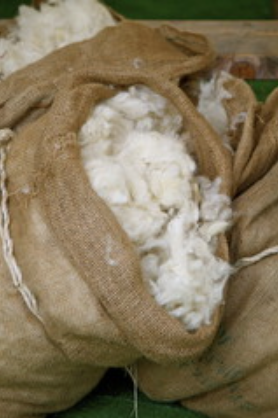 100% Pure British Wool Fiber 32 & 48 ounces (no chemicals)