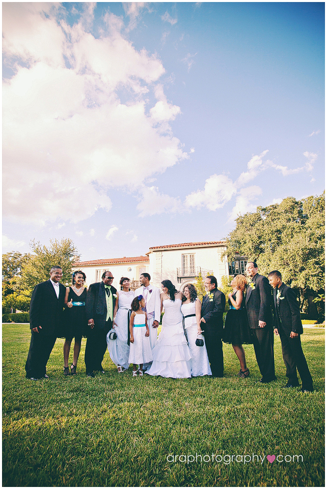 San_Antonio_Weddings_Ara_028