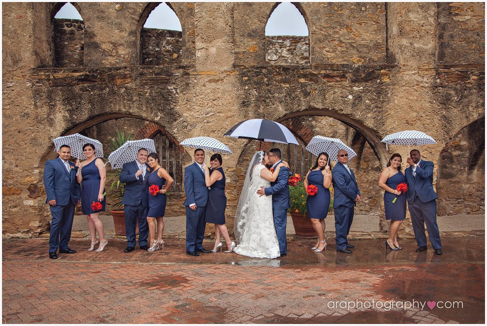 San_Antonio_Wedding_Photography_araphotography_096.jpg